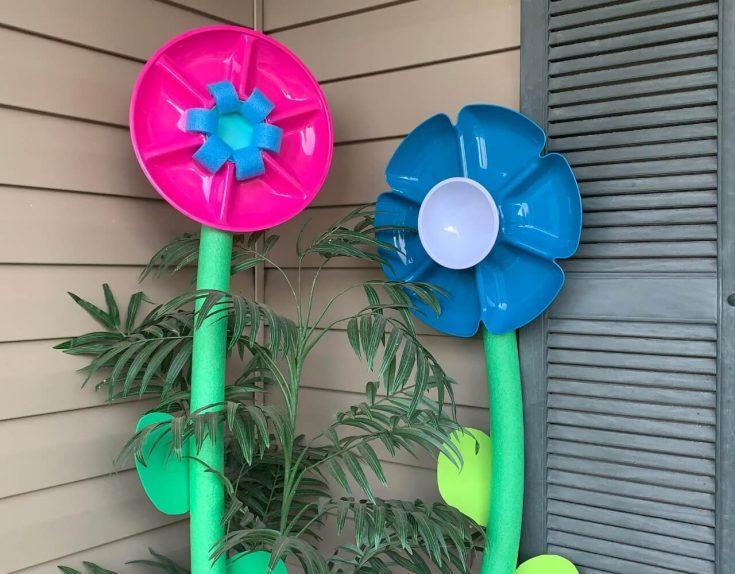DIY Pool Noodle Giant Flowers